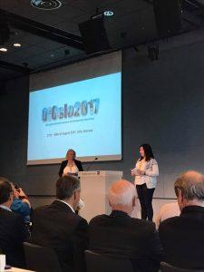 Inger-Margrethe Stavdal Paulsen og Lena Lande Wekre åpner OIOslo2017 konferansen